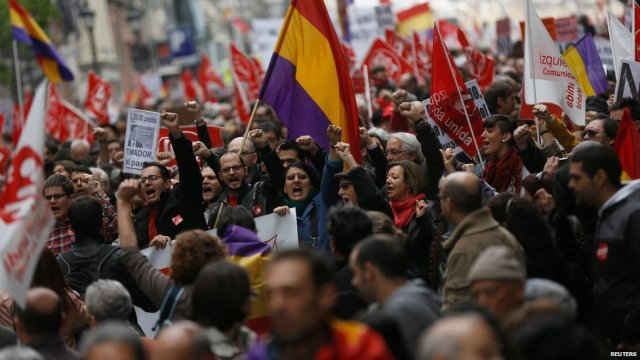 O país foi marcado por protestos contra as medidas de austeridade do governo em continuidade com as mobilizações recentes.