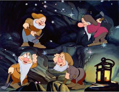 """""""Cuidado! Homens medievais trabalhando."""""""