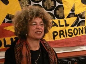 Angela Davis, militante feminista, antirracista e marxista norte-americana.