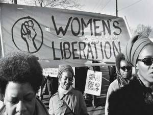 Mulheres negras em passeata.