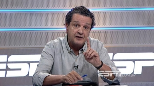 Clique na imagem para ver o vídeo do Juca Kfouri criticando defensores do calendário brasileiro