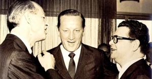 O empresário Henning Boilesen (financiador da tortura) e o ministro da ditadura, Delfim Netto