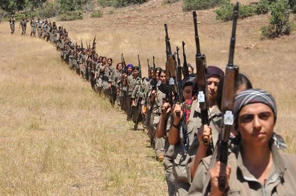 Curdas mobilizadas para defender a liberdade de todas as mulheres.