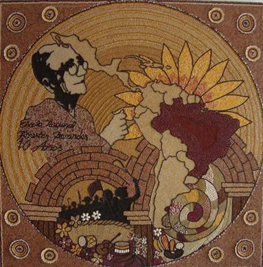 Mural em homenagem a Florestan Fernandes feito todo com sementes.
