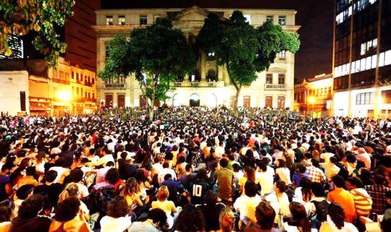 A fatídica assembleia no Largo de São Francisco 2013