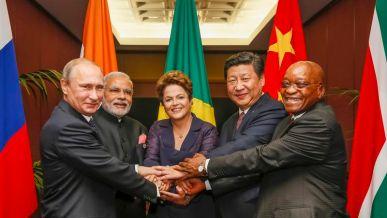 O Brasil no centro da articulação dos BRICS, de um polo 'alternativo' por dentro do próprio sistema capitalista mundial.