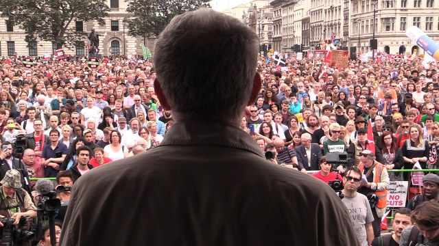 Manifestação anti-austeridade em 20/06/15. Com participação estimada de 250 mil pessoas, pode ser vista aqui.